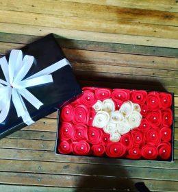 buket-bunga-box-bunga-love