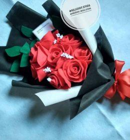buket-bunga-mawar-merah-murah